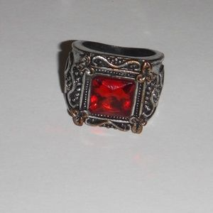 Jewelry - Medieval Style Fashion Ring